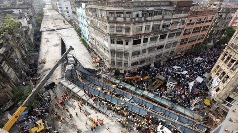 World News - Highway Overpass Collapes in India, Many People DEAD!